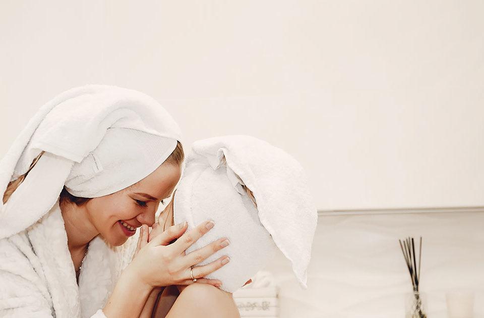 artículo sobre las ventajas de tener una ducha de mano en el baño