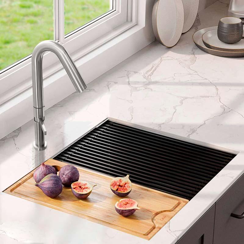 Imagen ambientada de grifería para cocina VEIL QM VEIL by Quality Metal